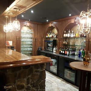 Rossins-Restaurant-Bar